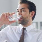 Sabor metálico en la boca: ¿A qué se debe?