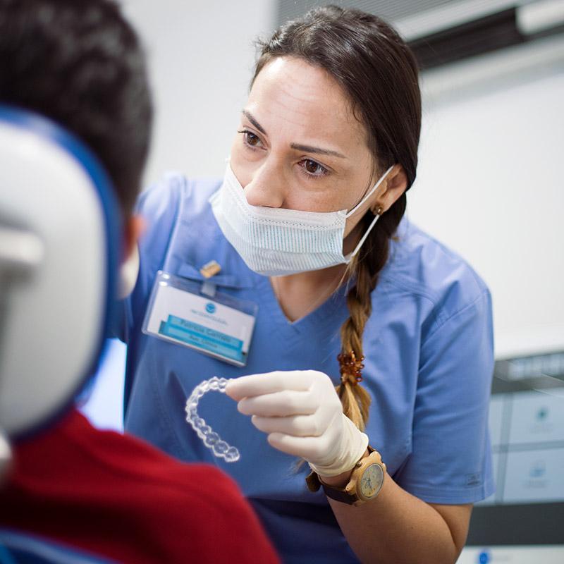 Ortodoncia invisible para adolescentes - Clínica Dental en Toledo | AM Odontología